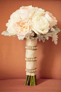 Like the wrap on this bouquet a lot.