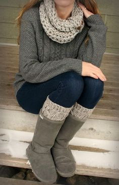 Cozy sweater and scarf with highboots