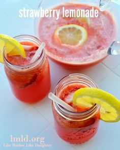 This strawberry lemonade is so refreshing and easy to make at home! #lmldfood