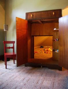 """Imagine how awesome a playroom like this would have been when you were a kid!!!! A """"Narnia"""" door to playtime!"""