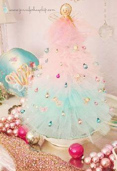b53f607cc4c63c50fa973b735219514b.jpg 436×640 pixels angel wings, shabby chic christmas, christma tree, tull tree, cottage christmas, christmas angels, pastel christma, homemade christmas, christmas trees
