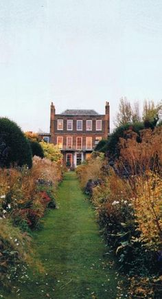 the English manor in my dreams.