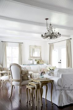 FRENCH COUNTRY COTTAGE: Summer touches~ Keeping it simple