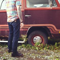 Alden shoes/Van/Flat tire   #WorkItWednesday #Alden Shoes are available on www.TheShoeMart.com