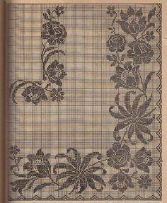 Free Crochet Rectangular Filet Tablecloth pattern