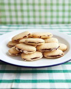 Mint-Chocolate Sandwich Cookies Recipe