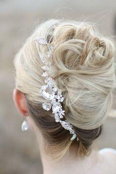 French Twist Wedding Hair | Bridal Musings Wedding Blog