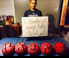 Way to ask date to Prom! This is how my basketball player asked his date!