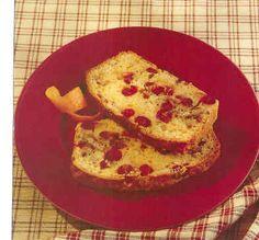 Хлебушек с клюквой и апельсином 225 гр муки 115 гр сахарной пудры 15 мл/1 ст.л. разрыхлителя 2,5 мл/1/2 ч.л. соли цедра одного большого апельсина 150 мл свежевыжатого апельсинового сока 2 яйца, слегка взбитых 90 мл/6 ст.л. расплавленного масла или маргарина 175 гр свежей клюквы 50 гр грецких орехов, порезать