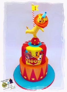 Balancing Circus Lion cake