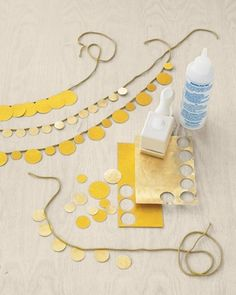 DIY Gold Paper Necklace