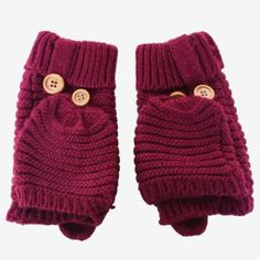 Grab some of these cozy mittens before they're gone. Winter sale on now in the shop.