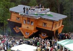Upside Down House | Friggin Random - Come check out some funny pics