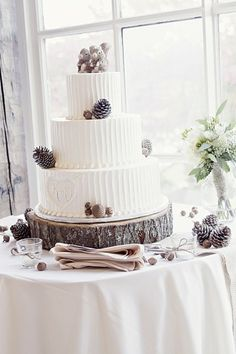 tree trunks, cake stands, rustic weddings, pine, rustic wedding cakes, squirrel, cake plates, white bouquet, cake toppers