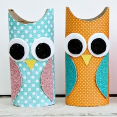 These adorable paper roll owls are a great rainy day activity for kids.
