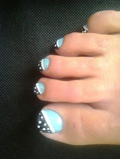 Pretty Painted Fingers Toes Nail Lacquer| Serafini Amelia| Nail Art| 15 fun summer nail ideas..