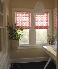 DIY No-sew Roman Shades (using mini blinds).