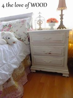 Shabby Chic White Nightstand 4 the love of wood: LET'S BE EFFICIENT AND DE-CLUTTER