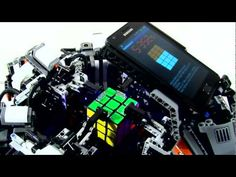 Lego robot solves rubik's cube in 5 seconds