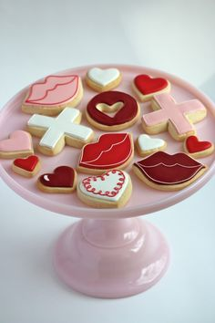 {Video} Flooding Cookies with Royal Icing