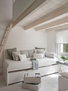 Trundle bed and loft