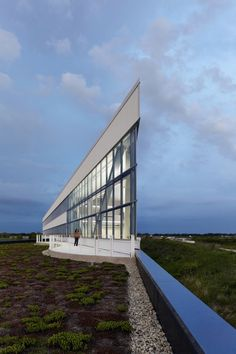 Fermilab Office and Technical Education Building by Ross Barney Architects