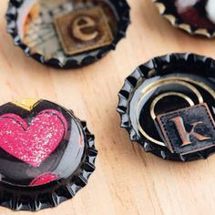Has a picture of a couple pinwheel bows with bottlecaps in the center, that are cute.