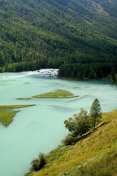 Kanas National Nature Reserve is in Xinjiang Province of China. Kanas is also called Hanas which is the name used by local Kazakhs