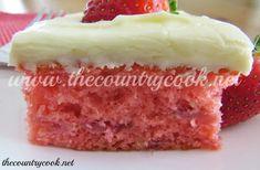 Best strawberry cake recipe everrrrr just ask my fam