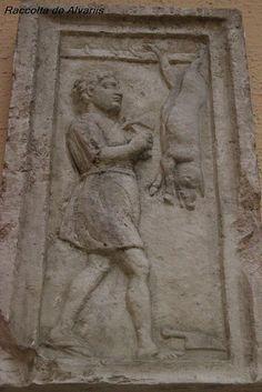 El carnicero o matarife G(aius) Cornelius Successus ejerciendo su oficio. Reproducción de un lateral de su altar funerario. Museo della Civiltá Romana.