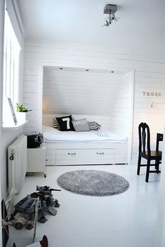 daybed built into closet