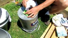 1 of 2: How to Build a 5 Gallon Self Wicking Tomato Watering Container