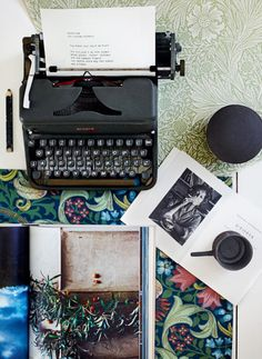 Typewriter love  BODIE and FOU★ Le Blog: Inspiring Interior Design blog by two French sisters
