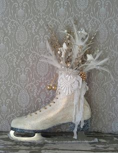 Christmas Ice Skate, by 6miles on Etsy
