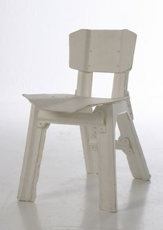 Paper Chair: This stool is part of a series of paper pieces of furniture that are composed entirely of layers of 160 gsm paper. By forming and pressing of the layers of the paper is very strong. By using the furniture go live. There are dog-eared and stained. Like your favorite book that you've read a hundred times. Just as Jeroen Wall, creator of the series furniture wants. Also available: a lamp, a chair and a table. The complete series of 19 May tm June 19 to see Edwin Pelser.
