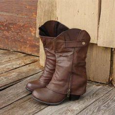Cuffed boots