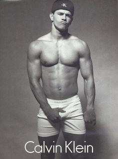 Smokin' hot - Mark Wahlberg