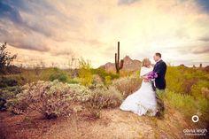 Arizona weddings are a dream location for the best photos! Destination wedding photographer in Arizona