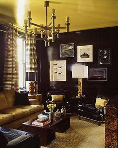 yellow ceiling, black walls?