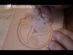 Carquois de hanche cuir repoussé - Leather quiver - Leather carving - La Blanche Hermine