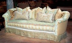 victorian trading company couch   Visit victoriantradingco.com