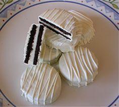 Chocolate Dipped Oreo Favors