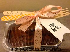 Individual Pumpkin Chocolate Chunk bread. Perfect for mid week Teacher treat. #tags, #washi tape from #Pickyourplum