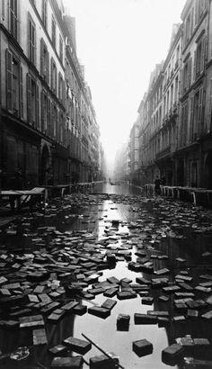 Paris Library floods - 1910