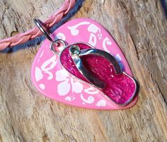Pink flip flops and hibiscus flowers make this by spreadblessings, $10.00
