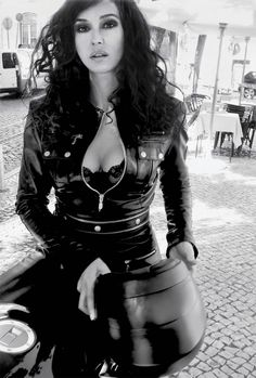 heart, monica bellucci, long hair, ride a bike, motorcycle girls, leather jackets, helmet, eyes, cafe racers