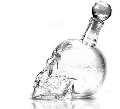 Add a little edge to your drinks with this skull decanter and be the envy of all your friends,family and guests .   A great addition to your home, bar ,office or private club. Type: Bar Sets  Material: Crystal  Feature: Eco-Friendly  Glass types: Transparent   Color: Clear  Capacity: ...