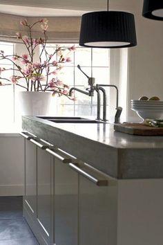 thick concrete counter