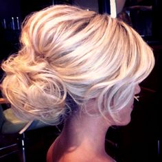 Bride's messy bouffant chignon bun bridal hair Toni Kami Wedding Hairstyles ♥ ❷ Wedding hairstyle ideas
