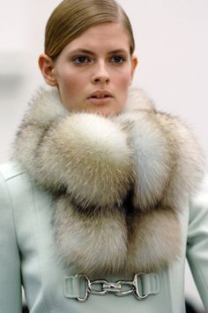 balenciaga fw, fashion, fw 2005, furs, style, color, collar, feroci fur, coat